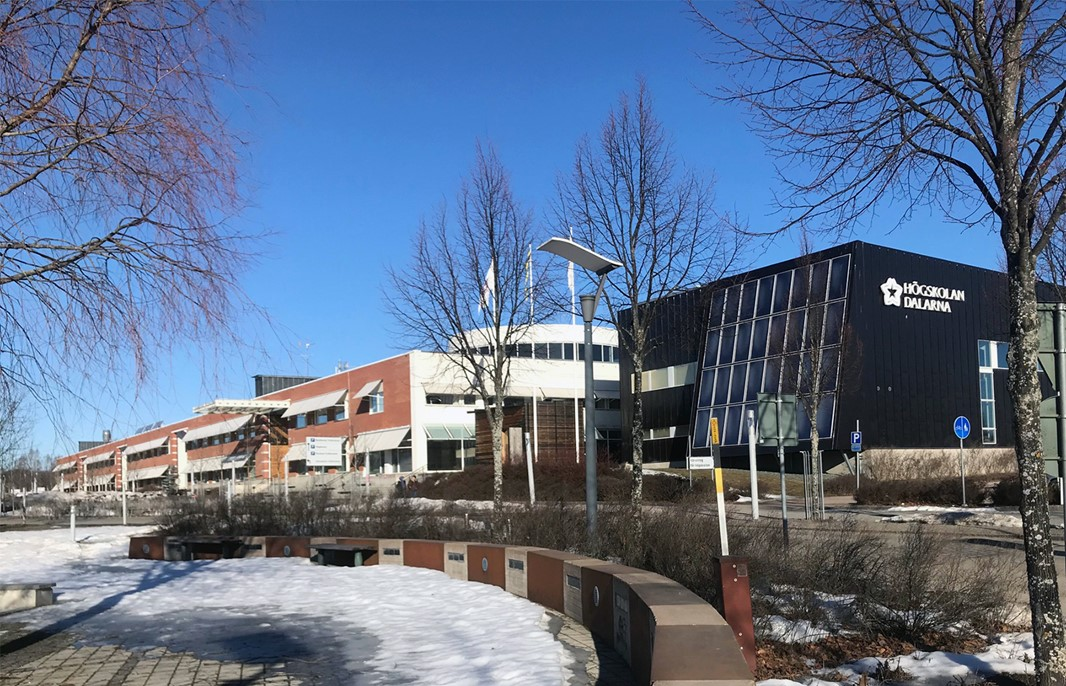 Exterior winter picture of Campus Borlänge