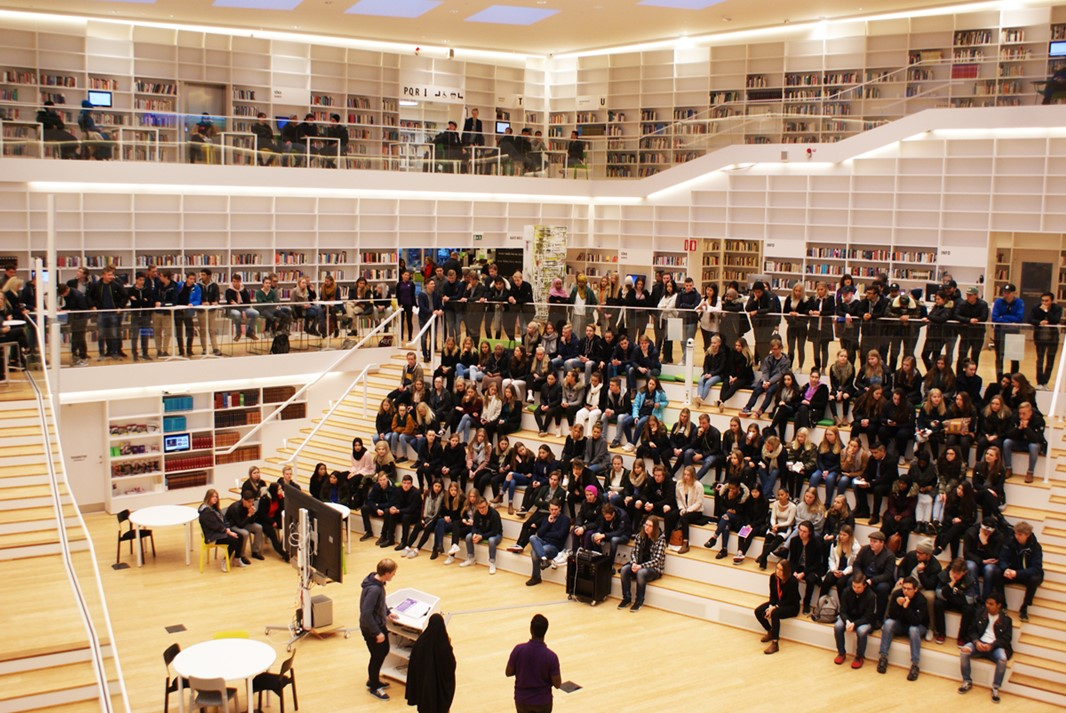 Audience seated in the Campus Falun library.