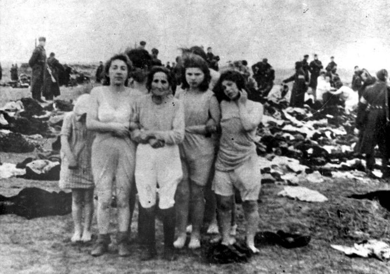 Jewish women, the massacres in Liepaja, Latvia