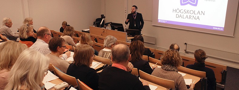 Fredrik Remes informerade om projekten Knowledge Transfer Partnerships, KTP och Studentmedarbetareampus i Falun