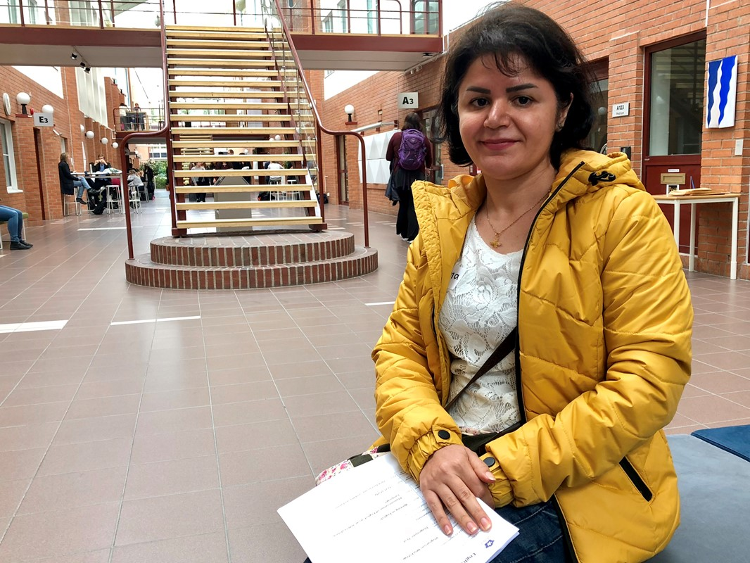 Ayna Avdolahi from Iran at Campus Falun on the first day of the course package in English for Academic Purposes.
